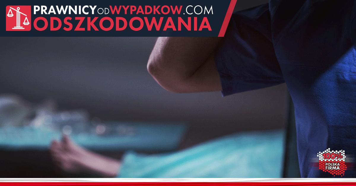 kobieta leżąca na stole operacyjnym